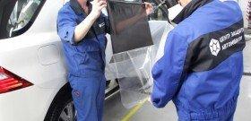 Фото наклеивания пленки для тонировки стекол автомобиля, lifeandlight.ru
