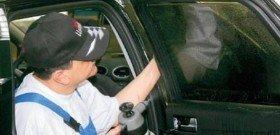 Фото процесса тонировки стекол автомобиля, lifeandlight.ru