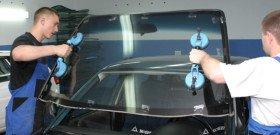 Фото замены лобового стекла автомобиля