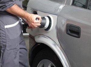 На фото - орбитально-шлифовальная машинка для шлифовки автомобиля, avtograph.com