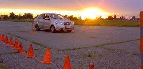 Фото обучение начинающих автомобилистов правильному вождению автомобиля, spokoino.ru
