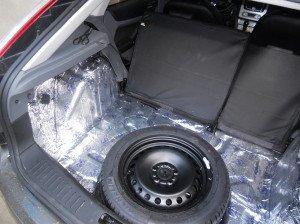 Фото шумоизоляции багажника, drive2.ru
