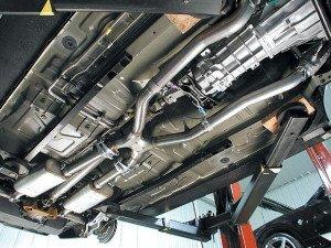 Фото ремонта выхлопной системы автомобиля, motorheadsdiygarage.com