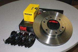 Фото комплекта тормозных колодок и тормозных дисков, hyundai.respauto.ru
