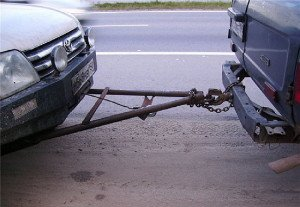 Фото буксировки авто на сцепке, autosliv.com