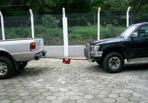 На фото - буксировка авто с АКПП, texnikworld.ru