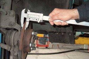 Фото диагностики тормозных дисков авто, xenon-kiev.com.ua
