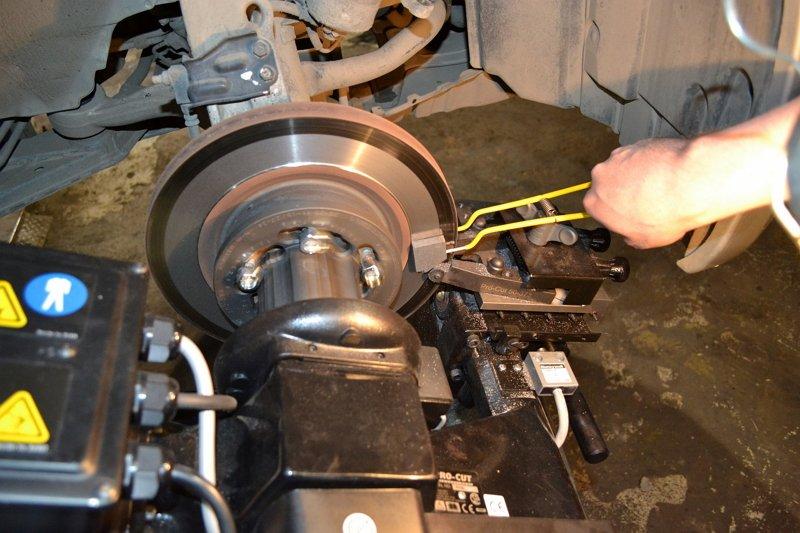 Шлифовка дисков тормозных своими руками