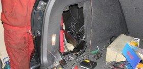 На фото - установка парктроника на двери авто своими руками, smotra.ru