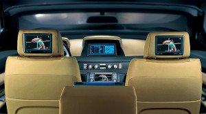 На фото - жидкокристаллическое аналоговое ТВ для авто, hi-fi.ru
