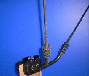 Фото автомобильной телевизионной антенны с усилителем, techno-room.ru