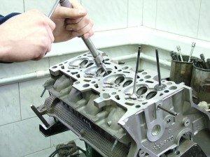 Фото ремонта головки блока цилиндров, precizion.ru