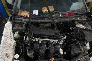 На фото - замена двигателя авто, drive2.ru
