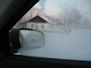 Фото замершего бокового стекла автомобиля, avtonews.info