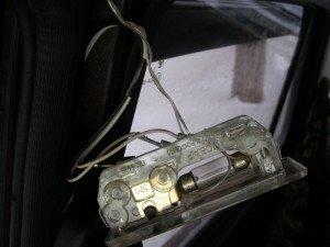Фото подключения светодиодной ленты к плафону освещения автомобиля, drive2.ru
