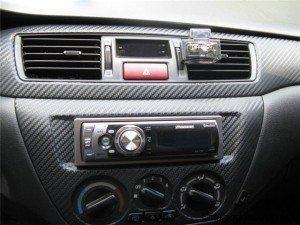 На фото - салон авто обклеенный карбоновой пленкой, stavropol-auto.ru