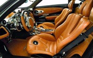 Фото кожаного салона автомобиля, uavto.od.ua