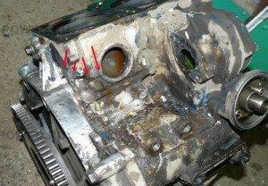 Фото заваренных трещин в блоке цилиндров, k-power.ru