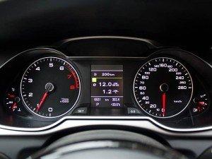 Фото приборной панели автомобиля, motorpage.ru