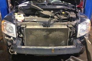 Фото грязного радиатора автомобиля, trs-motors.ru