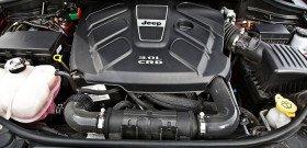 На фото - двигатель с турбиной, motortrend.com