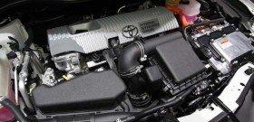 На фото - гибридный двигатель автомобиля, wot.motortrend.com