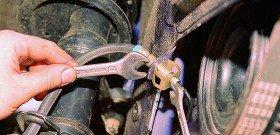 Фото как отсоединить тормозную трубку, w202club.com
