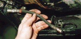 Фото ремонта тормозной трубки, w202club.com