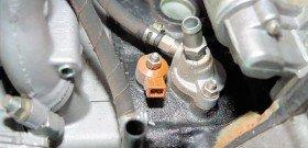 На фото - признаки детонации двигателя, autocentre.ua