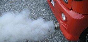 Фото - в процессе расковсовки образуется высокая концентрация выхлопных газов, youtube.com