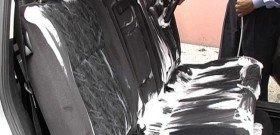 На фото - чем помыть сиденья автомобиля, autoshcool.ru