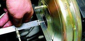 Фото регулировки вакуумного усилителя тормозов, autoprospect.ru
