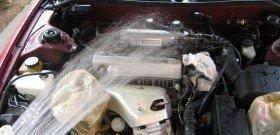 Фото - мытьё и чистка двигателя автомобиля, r93.ru