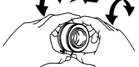 На фото - процесс замены выжимного подшипника сцепления, automn.ru