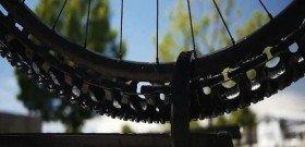 На фото - часть шины без воздуха, kiviko.ru