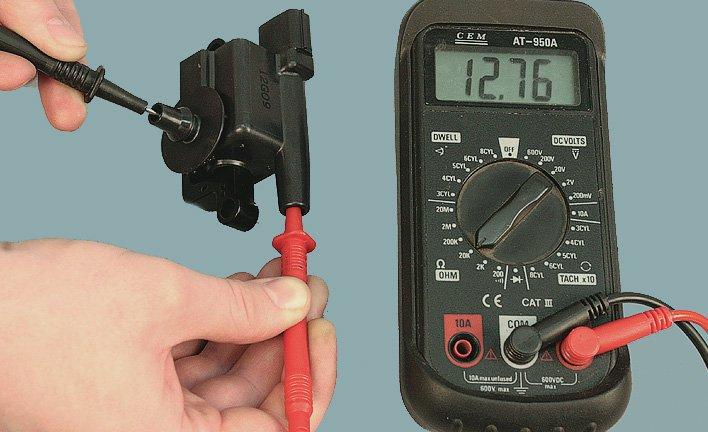 проверить катушку зажигания лодочного мотора мультиметром