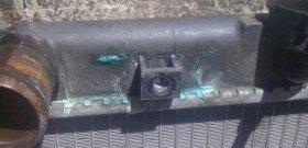 На фото - ремонт радиаторов авто. avto-life.com