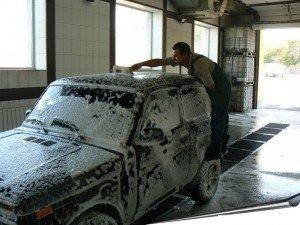 Фото мытья автошампунем для ручной мойки, matrixplus.ru