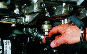 Фото про то, как двигатель работает при выключенном зажигании, drive2.ru