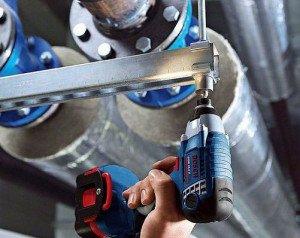 Фото про то, как работает гайковерт, toolmarket.com.ua