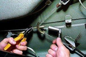 Фото регулировки ручного тормоза, autoservis74.ru