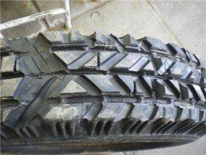 Фото наварных грузовых шин, i049.radikal.ru