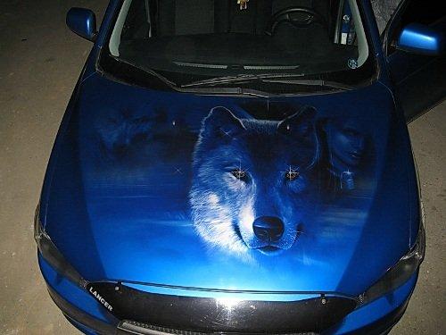 На фото - виниловая наклейка на капот авто, autosecret.net