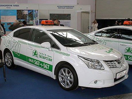 На фото - рекламно-информационная наклейка на борта автомобиля, На фото - виниловая наклейка на капот авто, autosecret.net