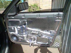 Фото - шумоизоляция авто дверей, autoclub36.ru