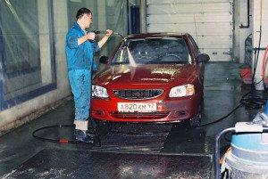 На фото - мойка автомобиля, blog.auto.meta.ua