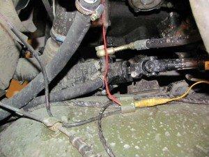 Фото штуцера в схеме гидроусилителя рулевого управления, pics.livejournal.com