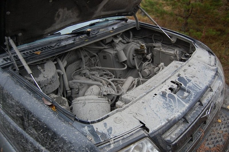 Чем лучше мыть двигатель автомобиля своими руками фото 903
