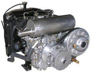 На фото - двухцилиндровый дизельный двигатель, парус.рф