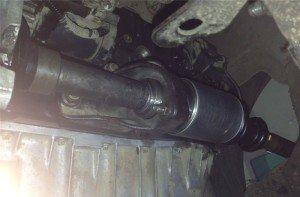На фото - проведён ремонт приводных валов, i022.radikal.ru